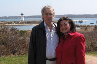 Eni & Jim w Lighthouse